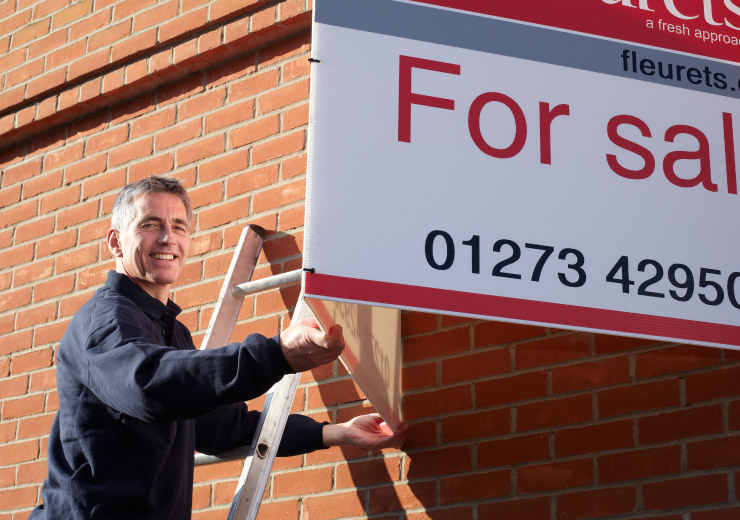 Commercial estate agency board services