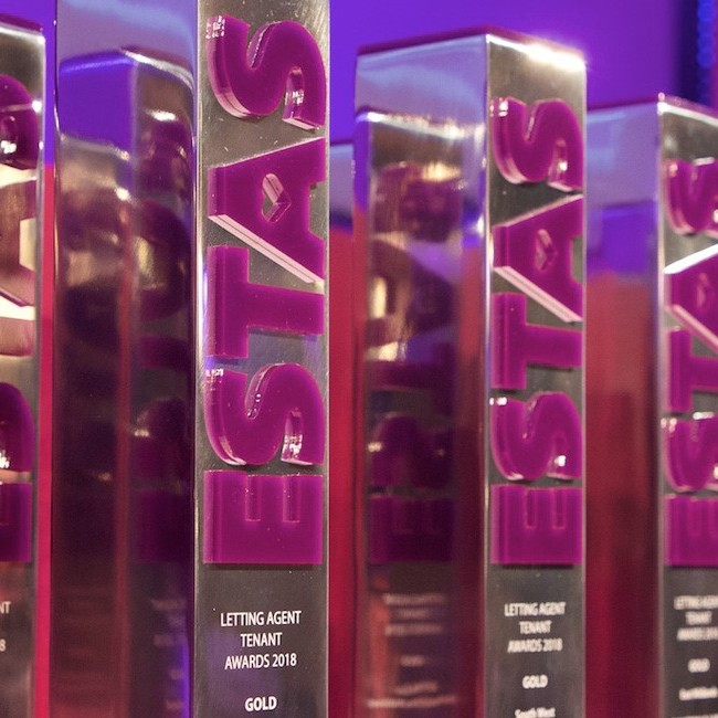 Agency Express win supplier award at the 2019 ESTAS