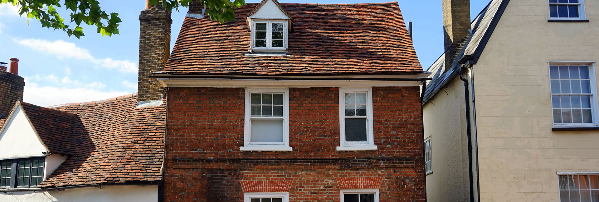 Property Activity Index reports highlights an unseasonal increases in the UK property market