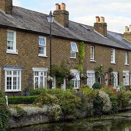 Row of houses - UK Property market - Property Activity